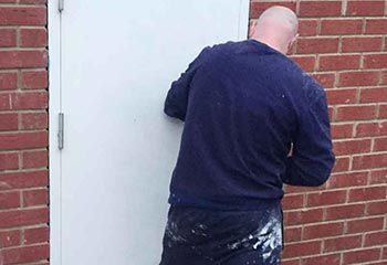 Locked Out Locksmith Emergency Burglary Repair Service in Hounslow TW4