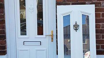 Locked Out Locksmiths London  Doors Repair or Replacment Service